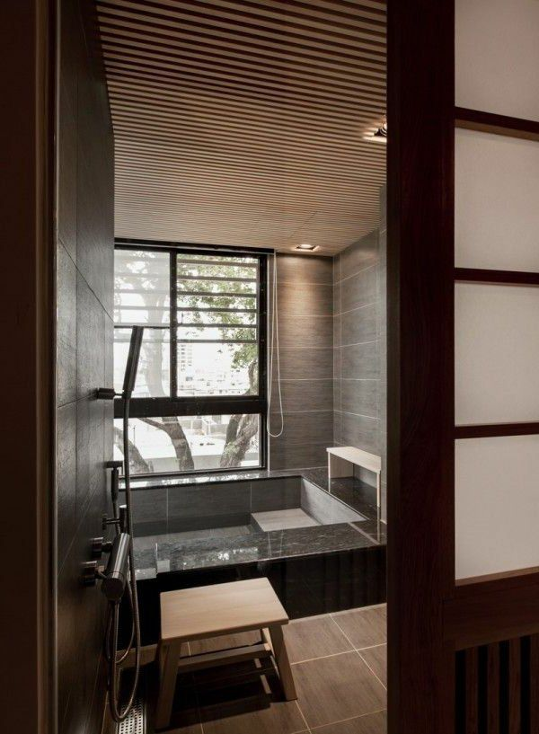 Les 167 meilleures images propos de decoration sur pinterest taupe architecture et salles for Petite salle de bain japonaise