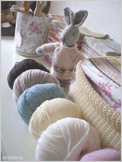 REDNEVAL: Příchod jara...a pletená zvířátka...