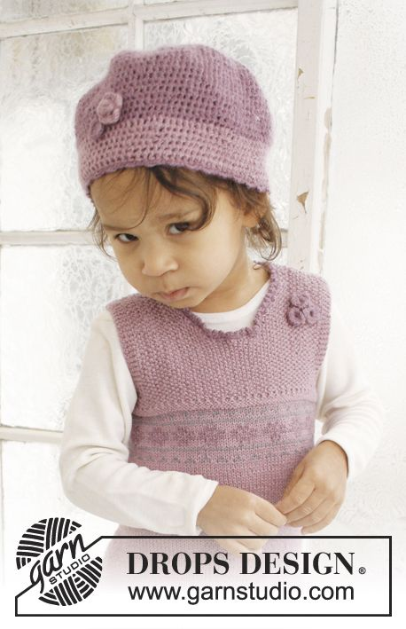 """Set consists of: Knitted DROPS dress and crochet hat in """"BabyAlpaca Silk"""". ~ DROPS Design"""