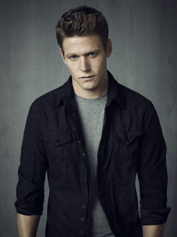 Which Vampire Diaries Guy Is Your Ideal Boyfriend? I got Matt :)