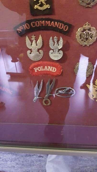 Polish military elite patches