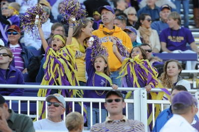 Streamers are perfect for spirited cheering attire: Spirit Cheer, Cheer Attire, Jmu Sports, Spirit Flying