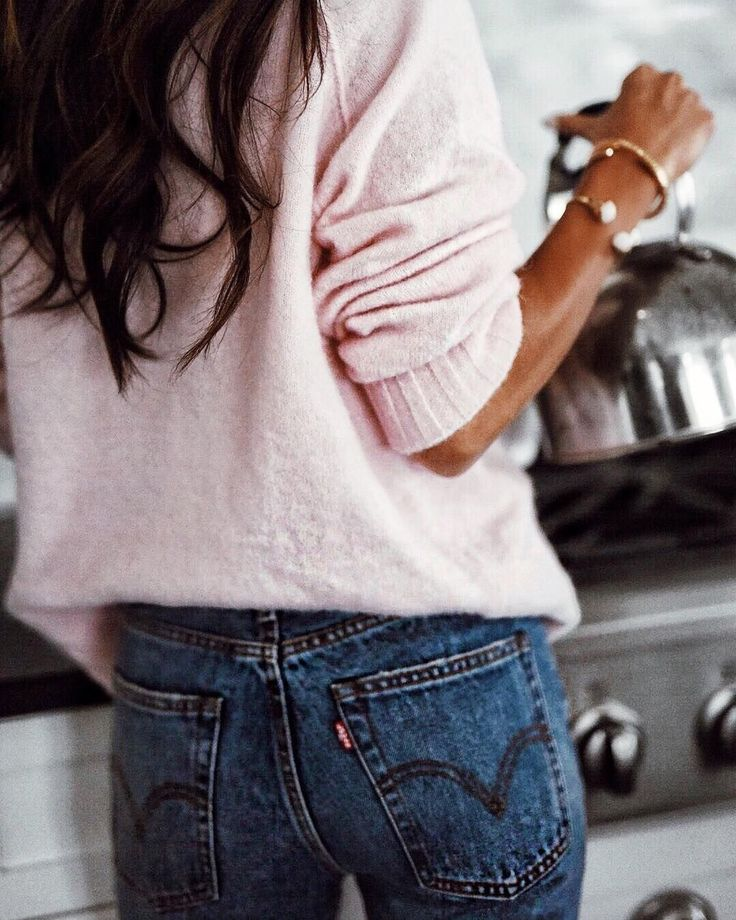 Winter Style Ideas. Winter Fashion and Winter Outfit Ideas. Fuzzy pink sweater.