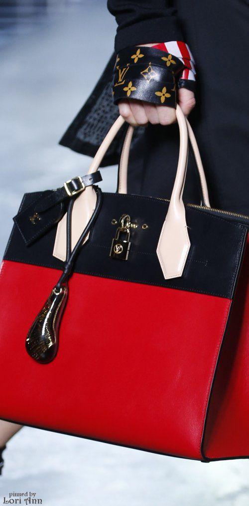 Louis Vuitton Spring 2016❤❤..... Tendencia pura que continua en este nuevo O-I/2018❤