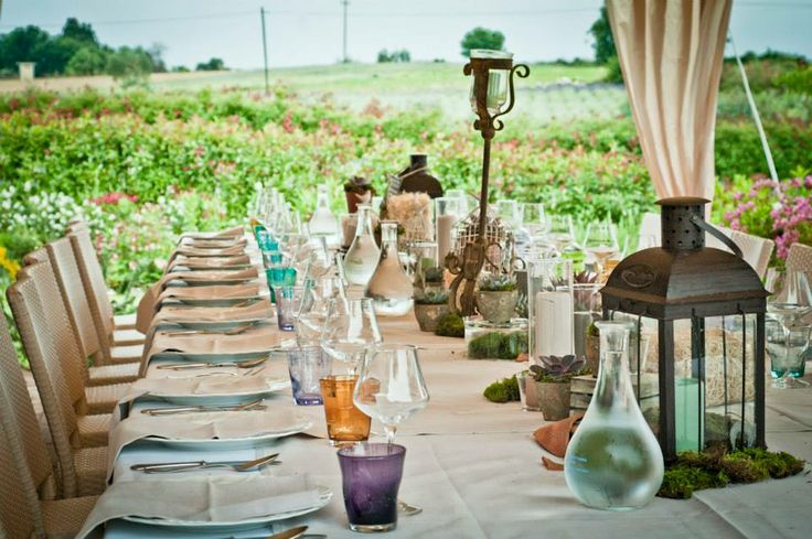 Wedding in Tuscany, romantic wedding in romantic restaurant Taverna di Bibbiano between Siena and San Gimignano. Country Chic Wedding in the Tuscan countryside