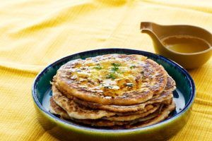 Low-Carb Naan Bread With Garlic Butter