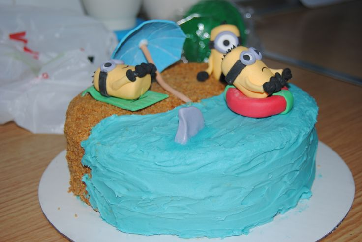 Tarta Minions en la playa
