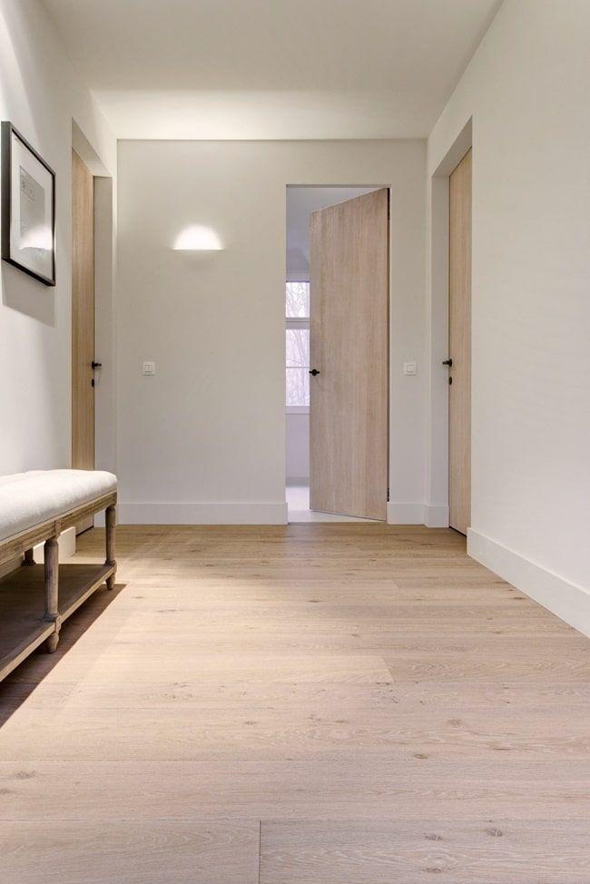 Como Combinar El Color Del Suelo Y Las Puertas En Una Reforma Puertas Interiores De Madera Puertas Interiores Modernas Puertas Interiores