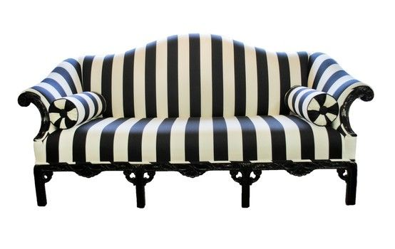 yes i get the parisian influence, but i have to say it kind of reminds me of beetle juice