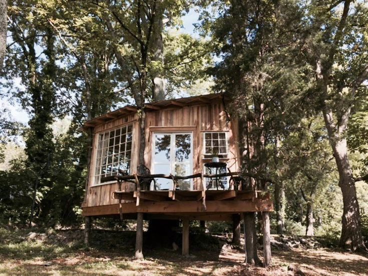 Treehouse Rentals Indiana Part - 30: The Fox Treehouse. A Cozy Treehouse With Lots Of Natural Light, Cozy  Interior,