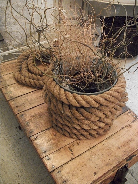 Note to self incorporate more rope into decor diy yes for Rope designs and more