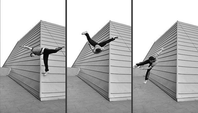"""PARKOUR ON THE STEALTH  LAD LABORATORIO DI ARCHITETTURA E DESIGN    VIDEO FOR THE EXHIBITION """"27-37""""  ITALIAN PAVILLON, SHANGHAI EXPO 2010"""