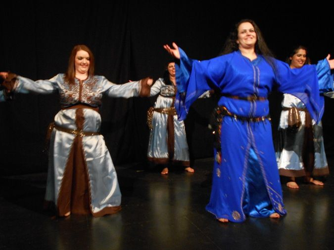 Following a series of workshops in Morocco with the UK based Moroccan dancer  Nawarra, I have become aware of a genre of Moroccan … | Moroccan dance,  Dance, Moroccan