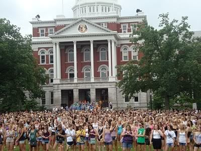sorority rush crowding college campus - recruitment tips