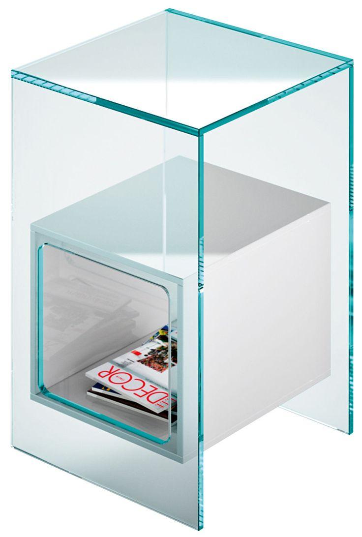 Table de chevet à réaliser en bois. Dimensions : 32 cm x 32 cm x H 56 cm - Casier blanc : 21 x 21 cm x H 24 cm / Casier transparent : 32 x 32 cm x H 21 cm