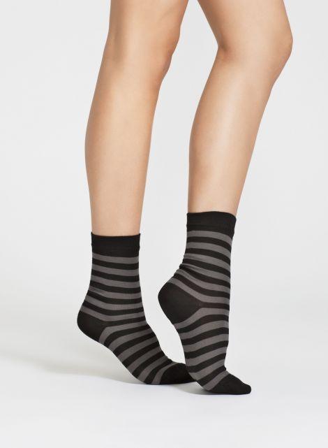 Telma sukat (musta, harmaa) |Asusteet, Sukat & sukkahousut, Laukut & asusteet | Marimekko 10,90€ (nämä kelpaa myös musta-valkoisena) koko 38