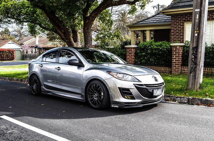Nice Mazda 3 with black rims