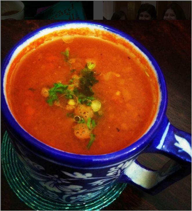 A super easy soup that makes for a very light dinner when you're in no mood to whip up something cumbersome! Try this out :)