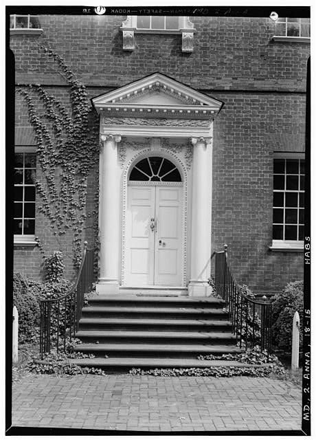 81 Best Images About Colonial Decorated Door On Pinterest