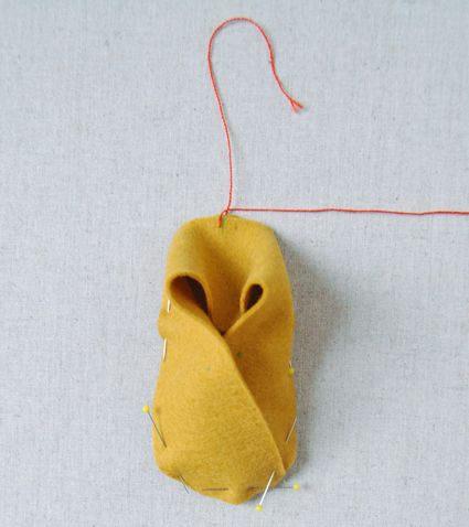 Molly's Sketchbook: Felt Baby Shoes | The Purl Bee