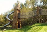Ardennen: Geweldige wandelingen en speeltuinen in de natuur. Leer lopen als een eekhoorn ...