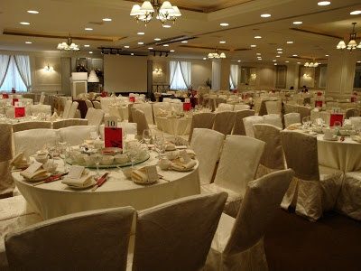 Normal Set Up Due To Low Ceilings Low Ceiling Hotel Banquet