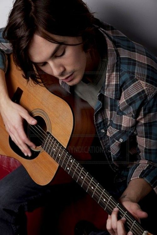 Tyler Blackburn--he plays the guitar??!?? just go ahead and rip my heart out whydontcha!!!