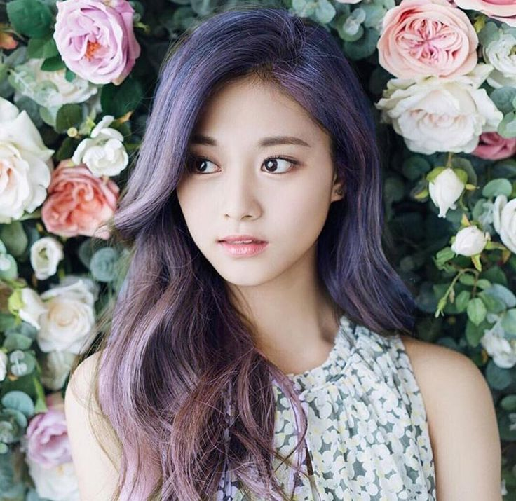 Tzuyu  KPOP member in Twice group