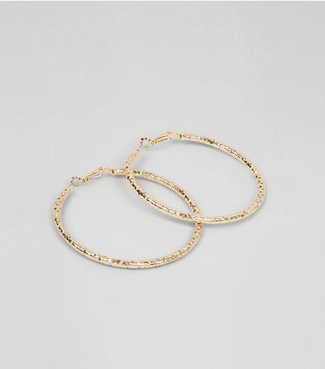 Textured Hoop Earrings from New Look £1,99