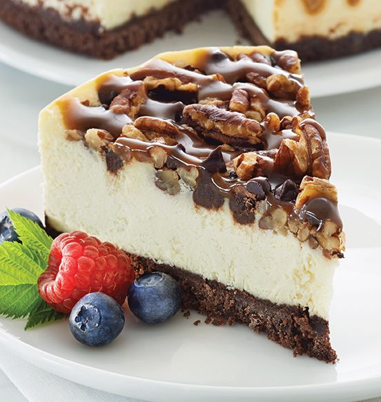 CHOCOLATE CARAMEL PECAN CHEESECAKE - This cheesecake has everything! A ...
