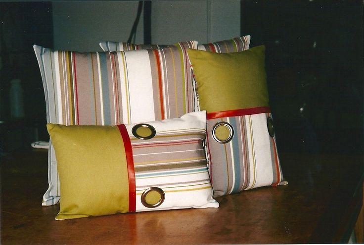 Une idée... avec des rideaux à oeillets.
