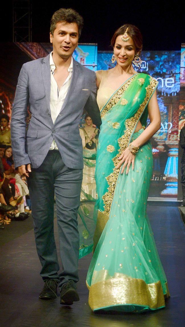 Malaika Arora Khan with Vikram Phadnis at Madame Style Week 2014.