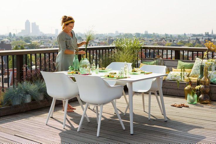 Moderne spisestue til uterommet! Nyt hagelivet i sommer med herlige måltider ute.