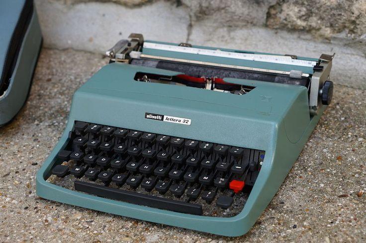 machine crire olivetti lettera 32 de 1963 housse manuel vintage sottsass acheter. Black Bedroom Furniture Sets. Home Design Ideas