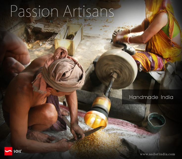 #soilofIndia Humble artisans living at the very edge of extinction, in the deep crevices of the desert with unbearable temperatures of over 122°F ( 50°C ), silently #carving and #weaving the tapestry of a timeless evolution, with the magic of their hands.