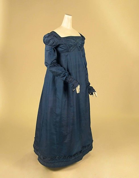 Dress Date: ca. 1818 Culture: American Medium: silk Accession Number: 2016.181