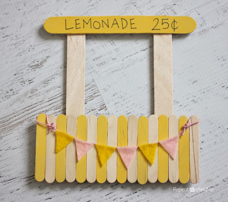 Lemonade Stand Magnetic Picture Frame made with Popsicle sticks!