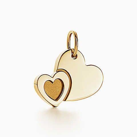 Ciondolo a forma di cuore Tiffany Charms in oro 18k.