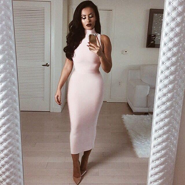 Get the look with our 'LEAH' Light Pink Bandage Dress -    http://pinkmauve.com     #pinkmauveboutique #freeworldwideshipping #bandagedress #pink #bandage