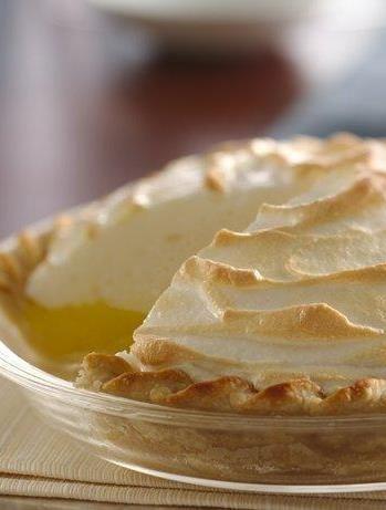 Meringue homemade graham cracker crust and pie recipes on for Lemon meringue pie with graham cracker crust