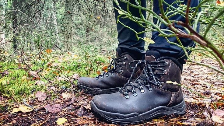 My favourite shoes of the season by Halti.  #trekking #hiking #boots #autumn #wanderlust