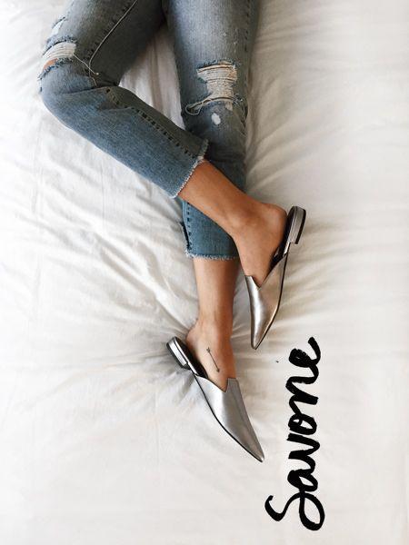 Slip into Summer - Silver Slip-on - Mules - Sabots - Découvrez notre collection de chaussures pour l'été