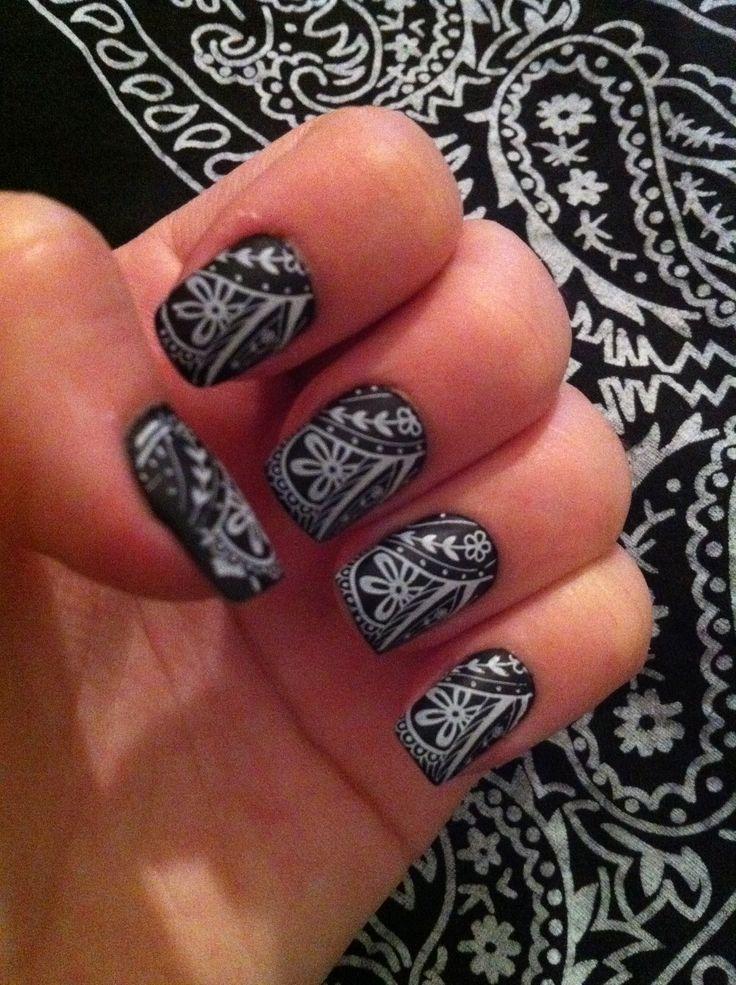 Bandana Nail Art #paisley