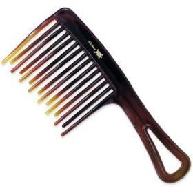 How To Comb Natural Hair Correctly