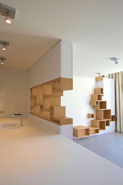 Différentes façons de disposer ses étagères murales