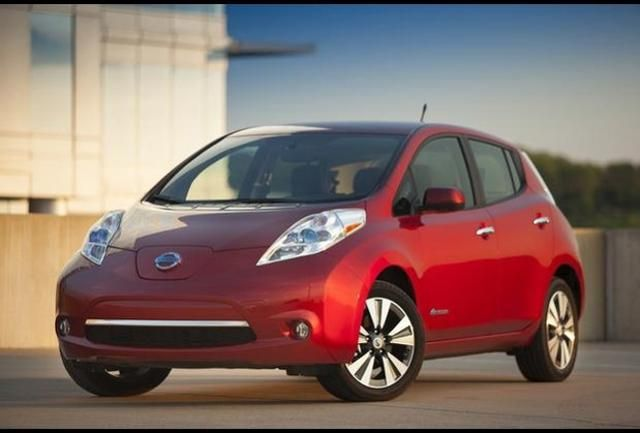 10 Nissan Leaf Nissan Leaf 2015 Nissan Leaf Chevy Volt