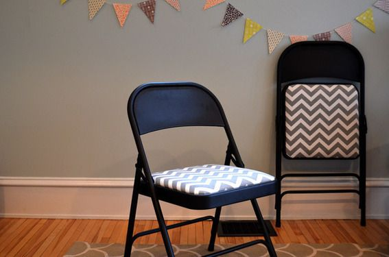 25 best ideas about folding chair makeover on pinterest painted folding chairs refinished. Black Bedroom Furniture Sets. Home Design Ideas