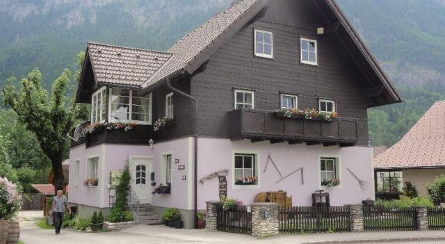 Haus Jurriena - #Apartments - $75 - #Hotels #Austria #SpitalamPyhrn http://www.justigo.co.il/hotels/austria/spital-am-pyhrn/haus-jurienna_51098.html