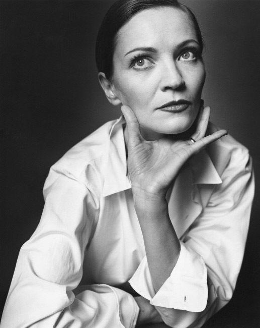 Joan Allen.