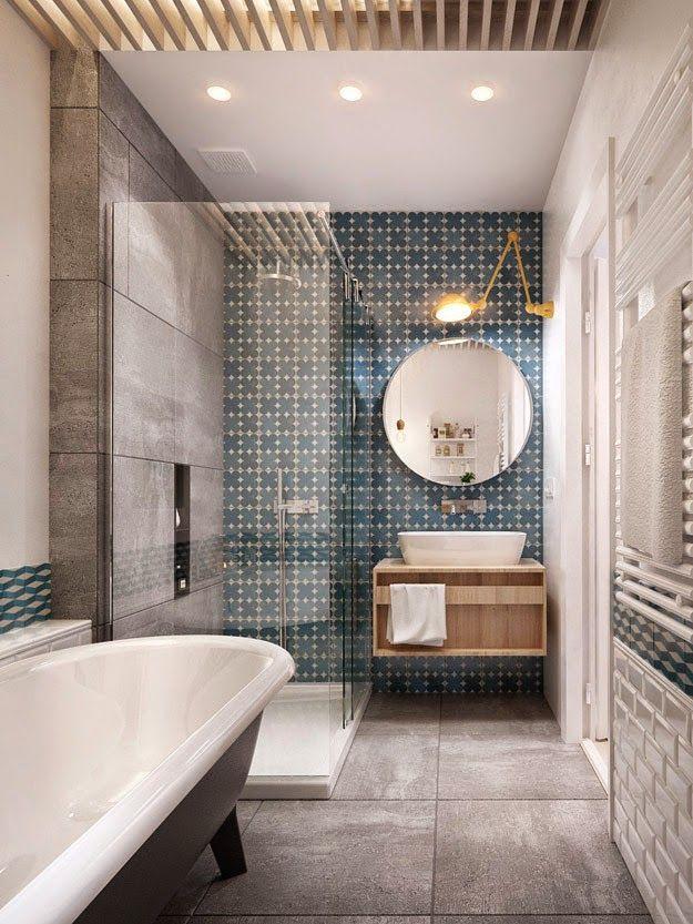 salle de bain moderne avec baignoire et douche